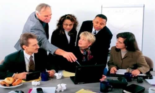Maneiras práticas de resolver problemas na liderança